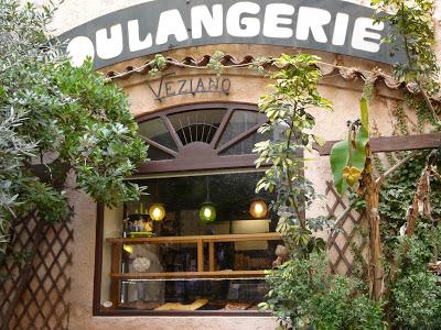 Restaurant Dans La Vielle Ville  Ef Bf Bd Antibes